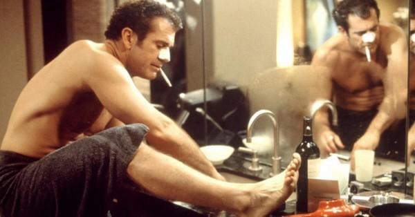"""Fot: Mel Gibson, kadr z filmu """"Czego pragną kobiety"""""""